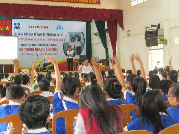 Chương trình vui học ATGT cho học sinh THPT & THCS 2
