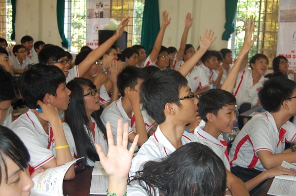 Chương trình vui học ATGT cho học sinh THPT & THCS 4