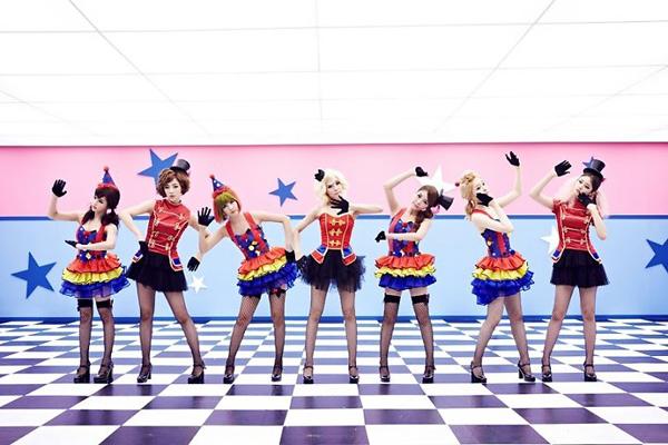 Bộ cánh Sexy Love của T-ara xuất hiện trong 2U 2