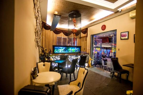 """Chấm điểm """"10"""" quán cà phê đẹp tại Hà Nội: Royal Coffee 8"""