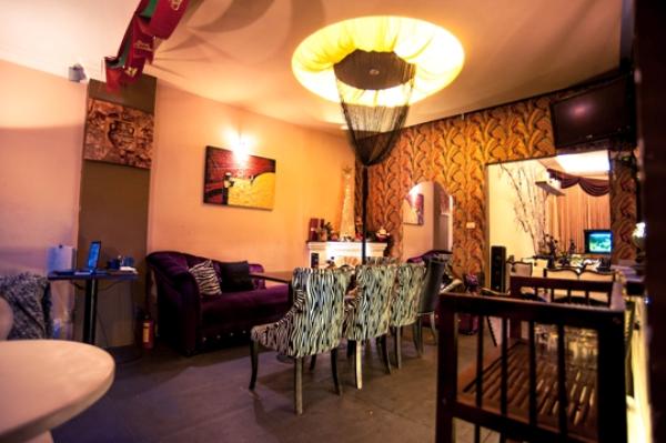 """Chấm điểm """"10"""" quán cà phê đẹp tại Hà Nội: Royal Coffee 9"""