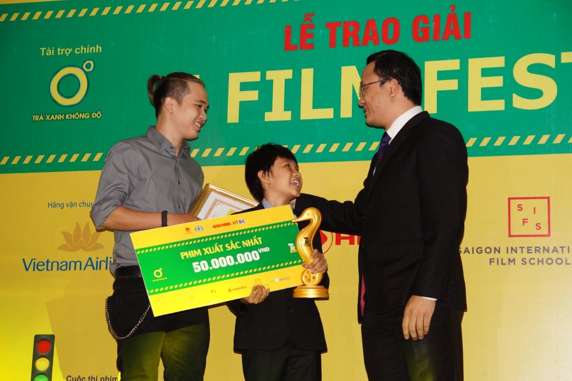 """FU Production - Quán quân cuộc thi làm phim """"An toàn giao thông"""" mùa đầu tiên - Ảnh 2."""