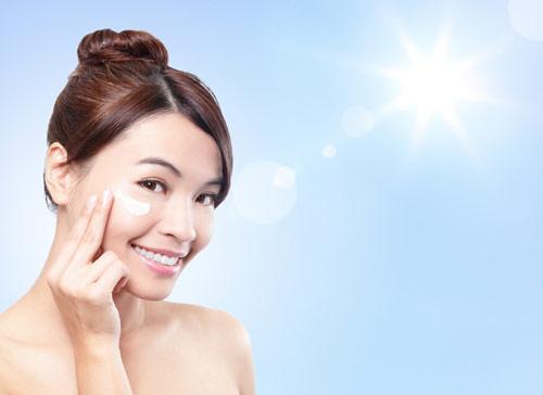 4 lộ trình chăm sóc da nhờn mụn chuẩn từ trong ra ngoài - Ảnh 2.