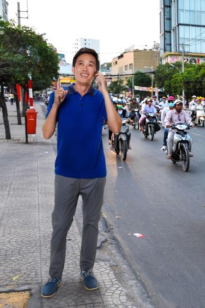 Một ngày dạo phố Sài Gòn cùng Hoài Linh - Ảnh 5.