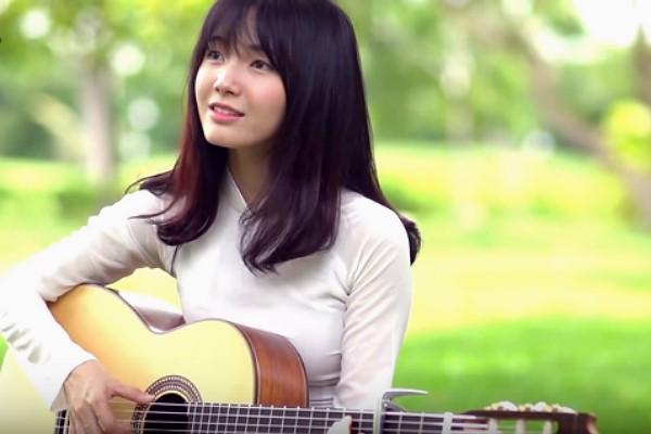 Sau cover nhạc Trịnh, Thánh nữ bolero khiến fan xiêu lòng với ảnh selfie đẹp tuổi 20 - Ảnh 1.