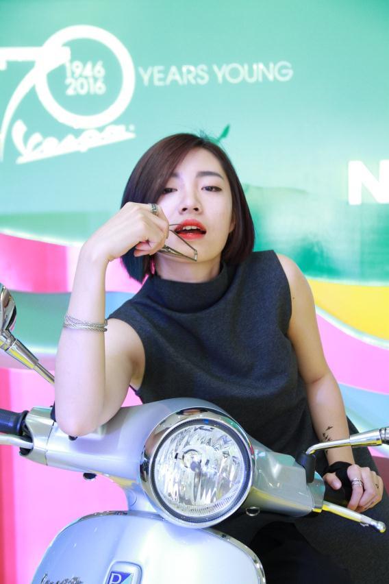 """Fashionista Việt """"bung"""" hết chất ngẫu hứng tại buổi giao lưu với stylist Pông Chuẩn - Ảnh 1."""