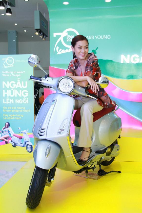 """Fashionista Việt """"bung"""" hết chất ngẫu hứng tại buổi giao lưu với stylist Pông Chuẩn - Ảnh 4."""
