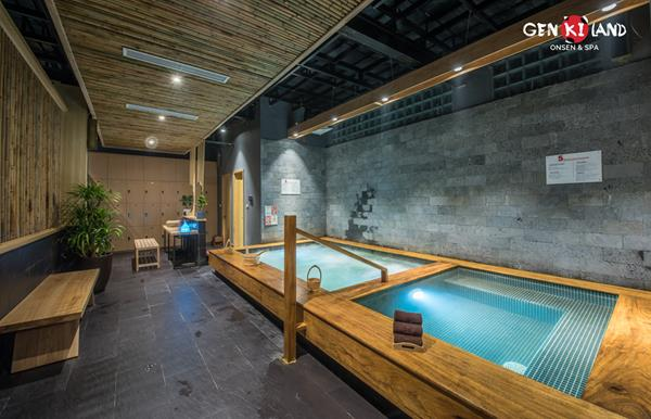 """Trải nghiệm """"tắm tập thể"""" theo phong cách Nhật Bản ngay tại Hà Nội - Ảnh 1."""