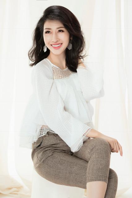 Hoa hậu Đặng Thanh Mai khoe vẻ đẹp đậm chất Á Đông - Ảnh 3.