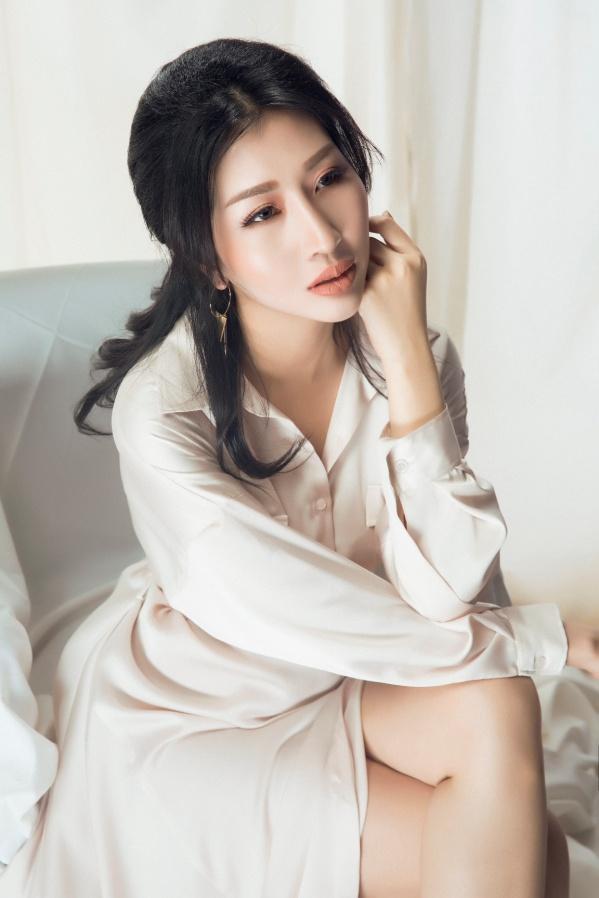 Hoa hậu Đặng Thanh Mai khoe vẻ đẹp đậm chất Á Đông - Ảnh 9.