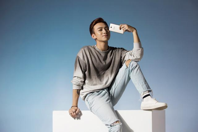 Soobin Hoàng Sơn chính thức đầu quân cho Samsung - Vũ khí mới giúp Samsung chinh phục giới trẻ - Ảnh 4.