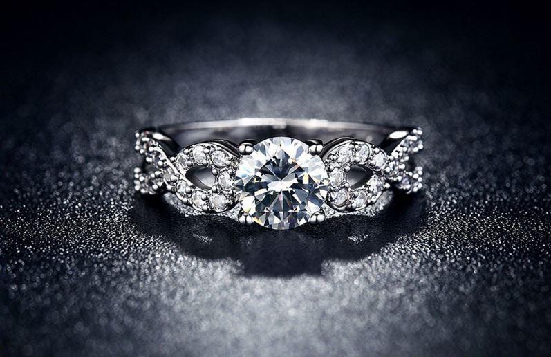 Skymond Luxury – Tiên phong đưa bạch kim đến với trang sức Việt - Ảnh 1.