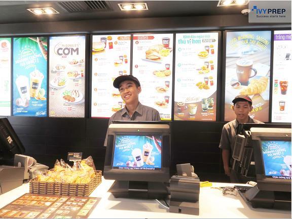 Khám phá chương trình tập sự đầu tiên cho học sinh tại McDonalds - Ảnh 4.