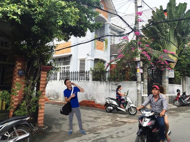 Một ngày dạo phố Sài Gòn cùng Hoài Linh - Ảnh 1.