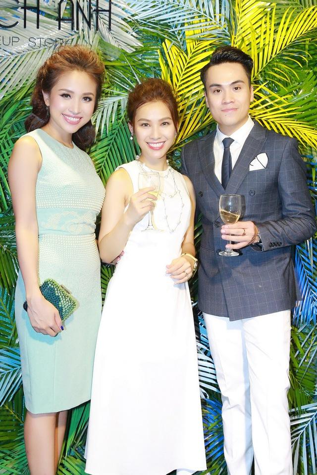 Chi Pu, Thanh Vân Hugo đẹp rạng ngời trong lễ khai trương Quách Ánh Makeup Store - Ảnh 8.