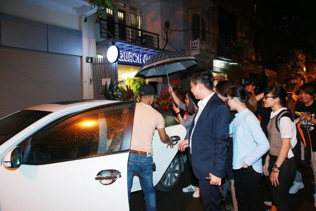 Chi Pu, Thanh Vân Hugo đẹp rạng ngời trong lễ khai trương Quách Ánh Makeup Store - Ảnh 15.