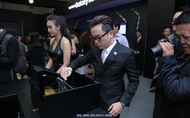 Sao Việt hào hứng trải nghiệm điệp viên mang tên Galaxy Note7 - Ảnh 1.