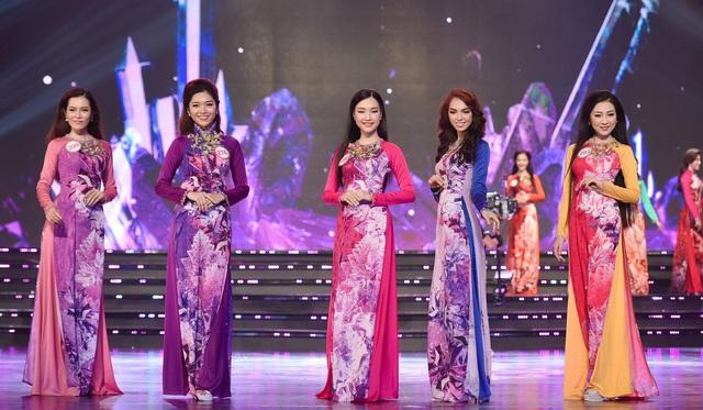 Những chiếc áo dài ấn tượng trong cuộc thi Hoa hậu Việt Nam 2016 - Ảnh 2.