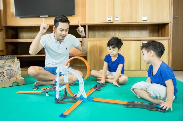 MC Phan Anh bật mí 3 bước biến xe đồ chơi của con thành xe hơi xịn cho bố - Ảnh 3.