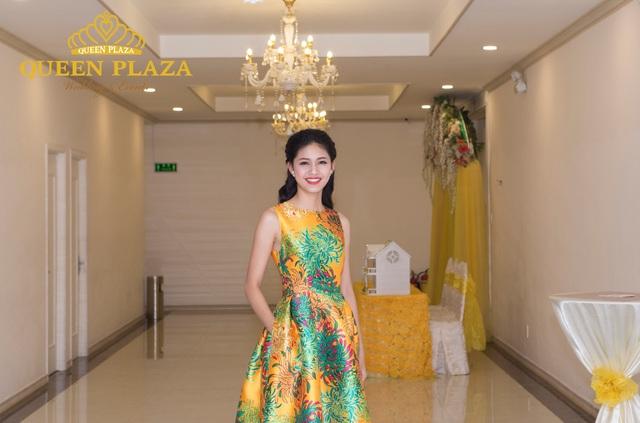 Hoa hậu Đỗ Mỹ Linh đẹp rạng ngời tham dự đêm tiệc tại Queen Plaza - Ảnh 7.