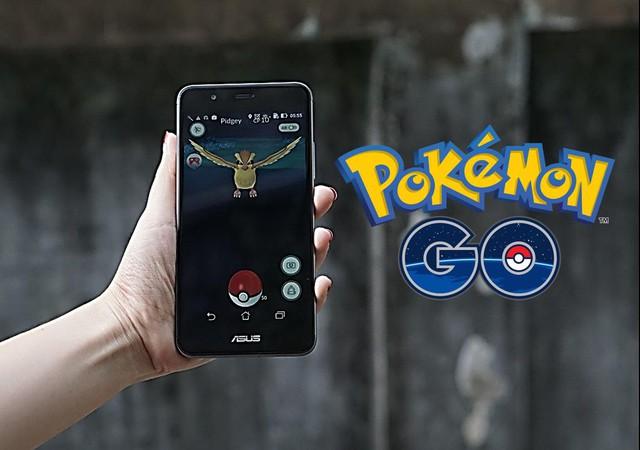 """Chinh phục Pokemon Go dễ dàng hơn với """"PokePhone"""" - Ảnh 1."""
