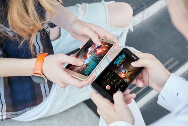 """Chinh phục Pokemon Go dễ dàng hơn với """"PokePhone"""" - Ảnh 5."""