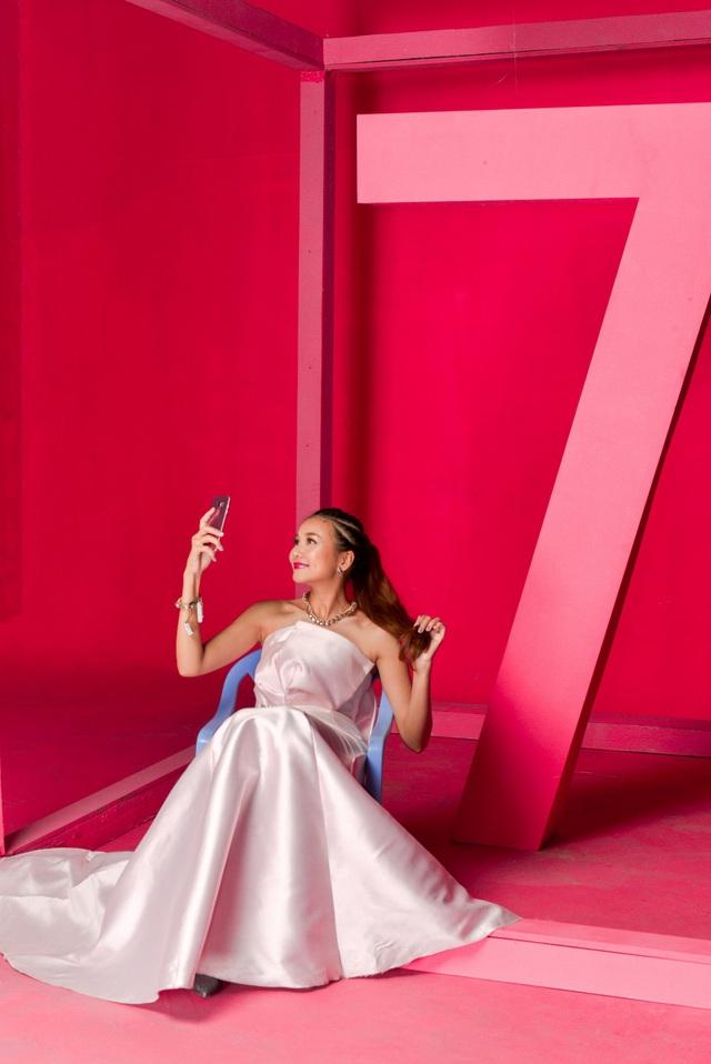 """Hậu trường """"tô hồng mọi giới hạn"""" của Thanh Hằng và Galaxy S7 edge Pink Gold - Ảnh 5."""