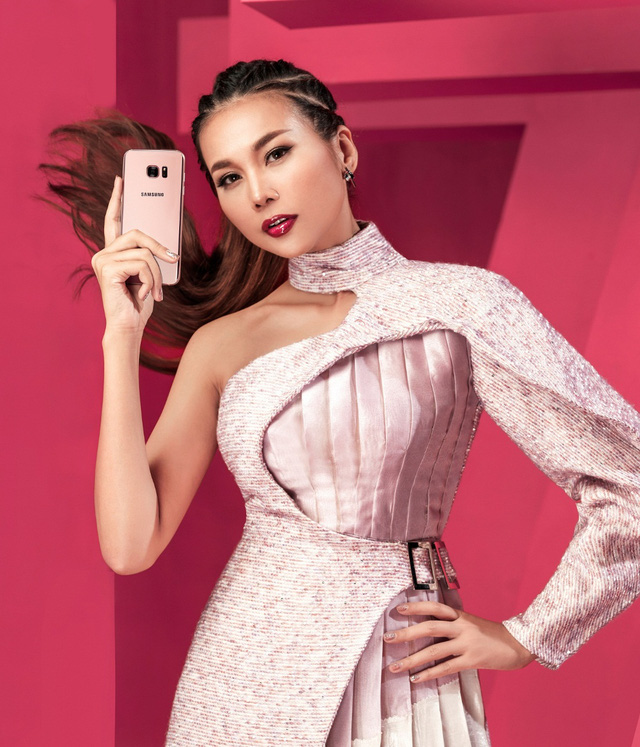 """Hậu trường """"tô hồng mọi giới hạn"""" của Thanh Hằng và Galaxy S7 edge Pink Gold - Ảnh 10."""
