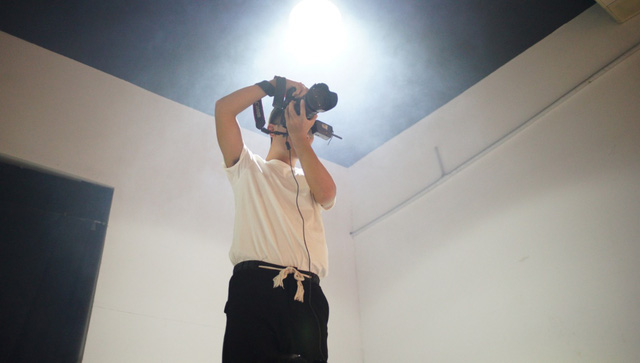 Hậu trường gây tò mò trong buổi chụp bộ ảnh của Stylist Lâm Thúy Nhàn - Ảnh 6.