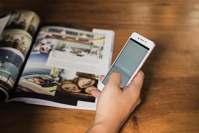 Nghe giới trẻ khen ngợi những mẫu smartphone ngon-bổ-rẻ - Ảnh 5.