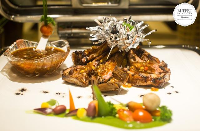 """""""Sốt xình xịch"""" với lễ hội ẩm thực Địa Trung Hải đang được giới sành ăn Sài Gòn săn đón - Ảnh 1."""