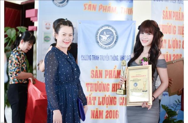 Vượt khó khăn, nữ giám đốc trẻ 9x thành công với dòng sản phẩm đạt chuẩn quốc tế - Ảnh 2.