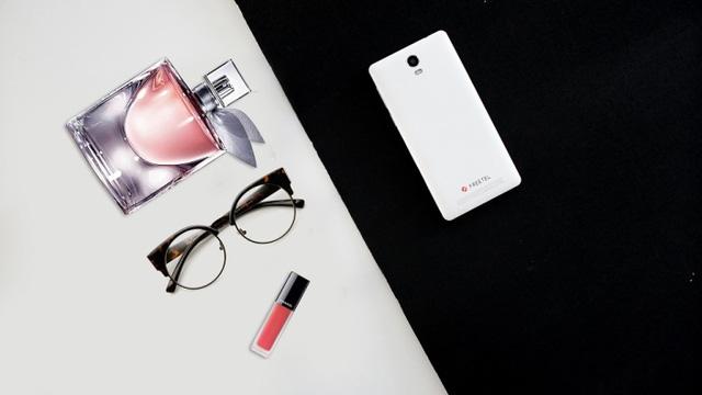 Priori 3S - Điện thoại Nhật dung lượng pin lớn, hiệu năng ổn định - Ảnh 1.