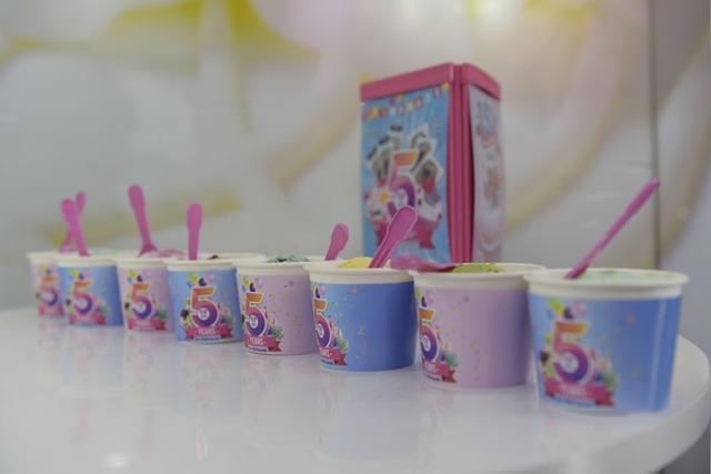 Tưng bừng mừng sinh nhật 5 năm Baskin Robbins với viên kem chỉ 15.000 đồng - Ảnh 3.