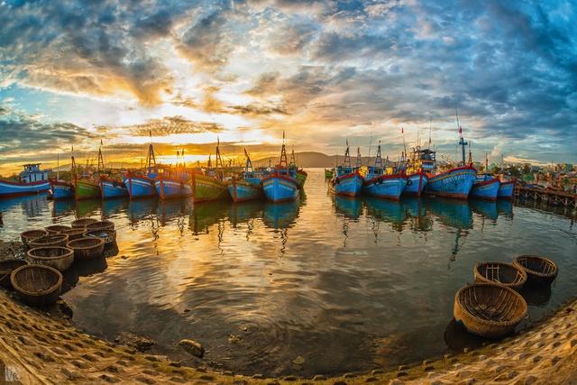4 điểm đến chụp ảnh ảo tung chảo ngay tại Việt Nam bạn không thể bỏ qua - Ảnh 1.