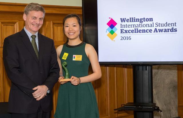Du học sinh Việt Nam nhận giải thưởng từ Thủ tướng New Zealand - Ảnh 2.