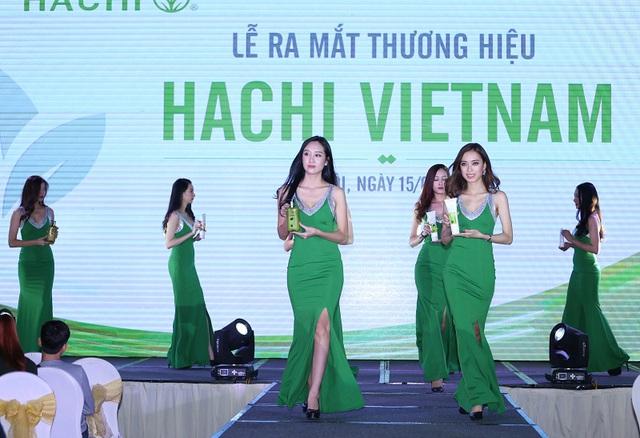 Á hậu Huyền My, Tú Anh, diễn viên Hồng Đăng rạng rỡ trong buổi ra mắt thương hiệu Hachi - Ảnh 4.