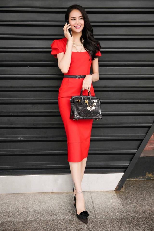 Hoa hậu Sella Trương - Thánh shopping điên cuồng của Showbiz - Ảnh 10.