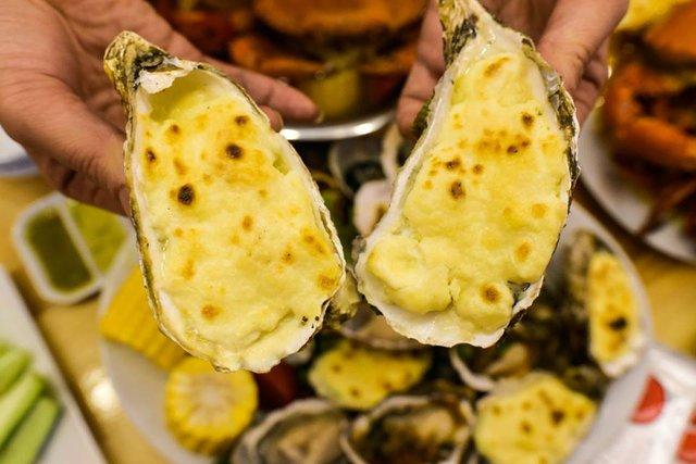 Trải nghiệm quán hải sản ruột của giới sành ăn Hà thành - Ảnh 7.