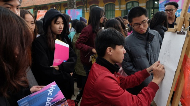 Việt Nam muôn màu qua những nét hoạ của học sinh - Ảnh 10.