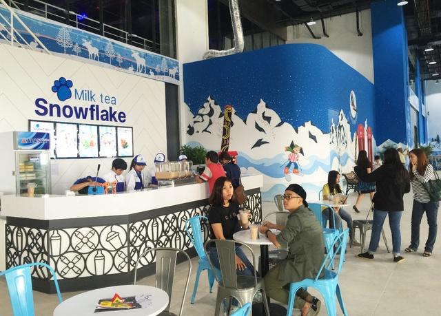 Giới trẻ háo hức với khu vui chơi trượt tuyết lớn nhất Đông Nam Á tại Sài Gòn - Ảnh 10.