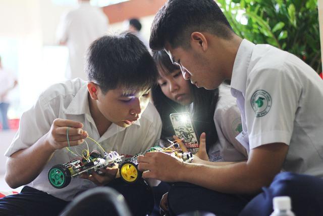 Gala trao giải Srobot 2017 - Khi con nhà người ta làm công nghệ khẳng định bản thân mình - ảnh 3