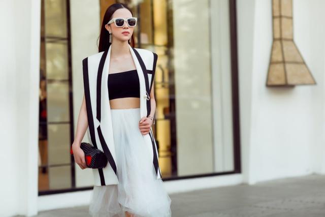 """Hoa khôi Lý Thiên Trúc cực chất với phong cách """"black & white"""" - Ảnh 9."""
