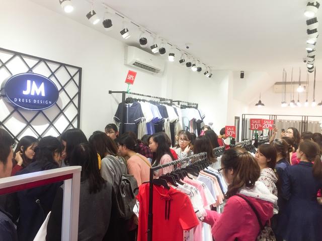 Giới trẻ nhộn nhịp chào đón Jasmine khai trương cửa hàng thứ 7 - Ảnh 3.