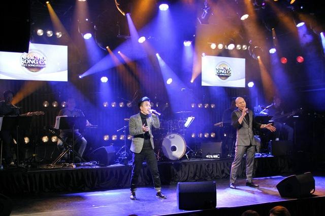 """Sau hit """"Tri kỷ"""", Phan Mạnh Quỳnh tiếp tục """"đốn tim"""" khán giả với ca khúc """"Nước ngoài"""" tại Hàn Quốc - Ảnh 9."""