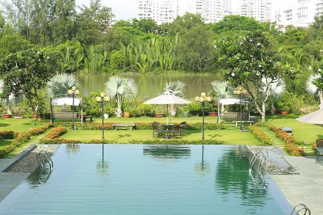 Bỏng mắt với hồ bơi sang chảnh được giới trẻ Sài Gòn cực thích - Ảnh 9.