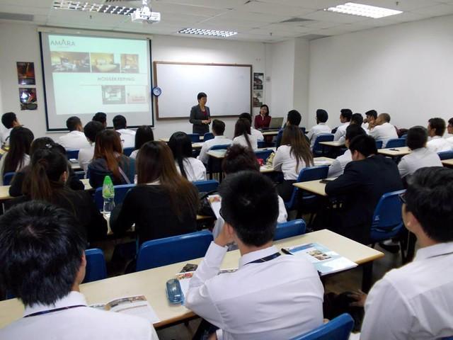 Tuần lễ tư vấn du học cùng Học viện Quản lý Nanyang của Vinahure - Ảnh 4.