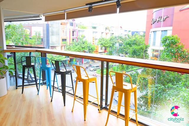 """Khám phá Sài Gòn """"vi diệu"""" gói trọn trong một quán cà phê - Ảnh 5."""