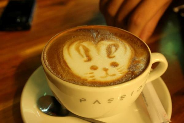 Trải nghiệm cafe phong cách Italy giữa lòng Hà Nội 1