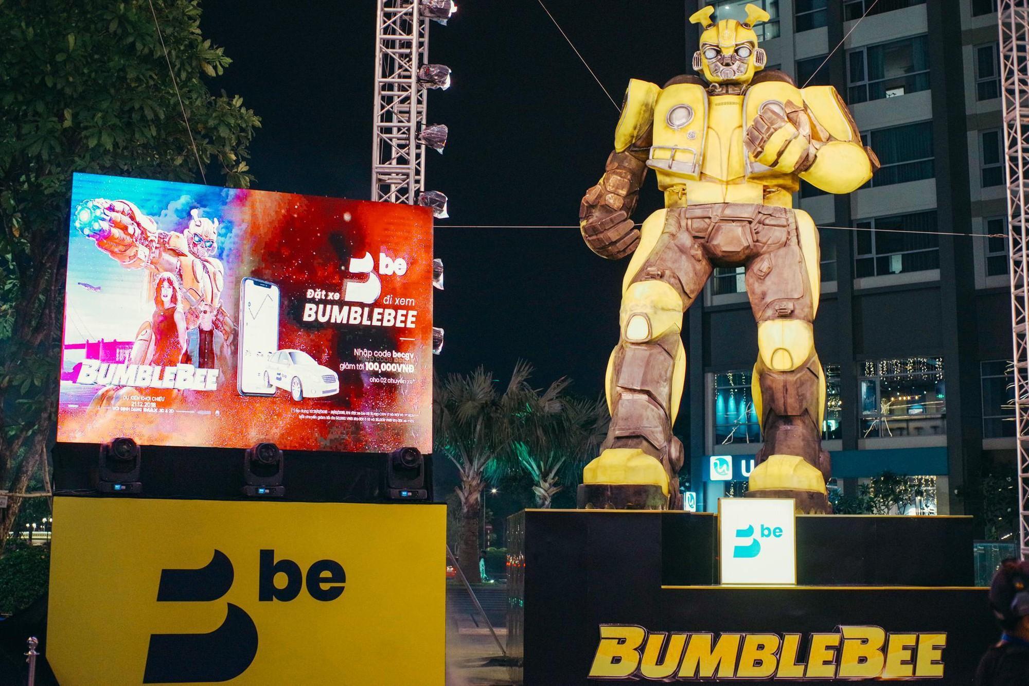 Choáng ngợp với mô hình Bumblebee lớn nhất tại Việt Nam - Ảnh 1.